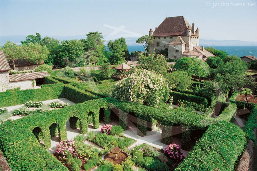 Jardin remarquable yvoire le jardin des cinq sens for Jardin remarquable
