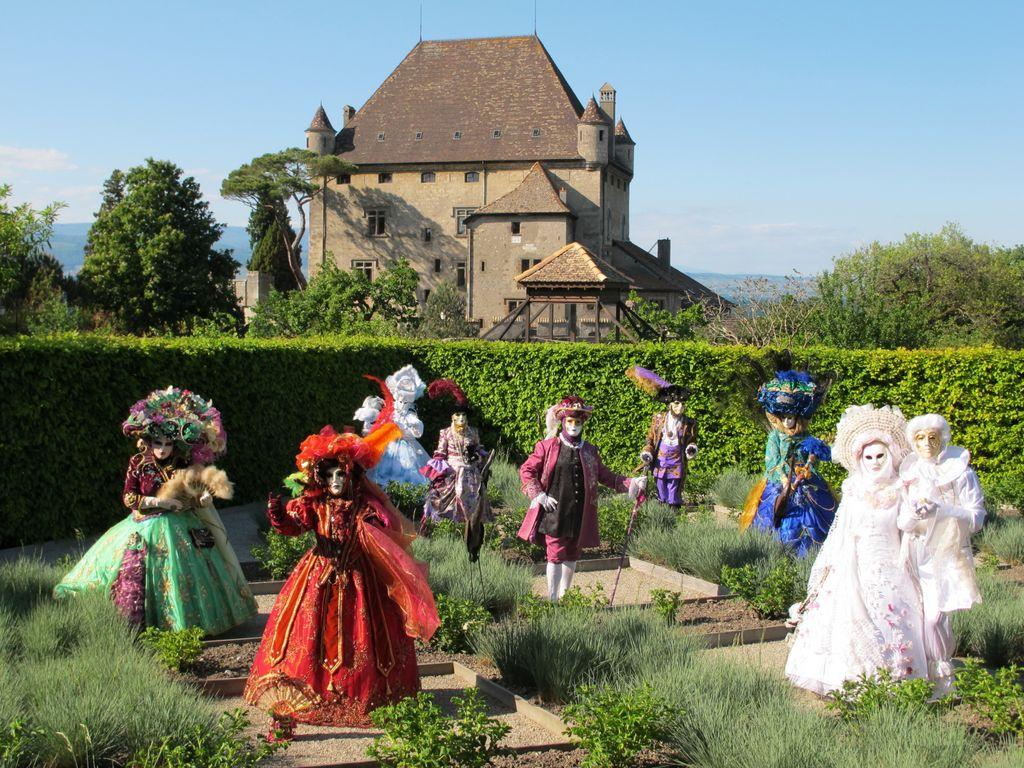 R veries v nitiennes yvoire le jardin des cinq sens for Le jardin france 5